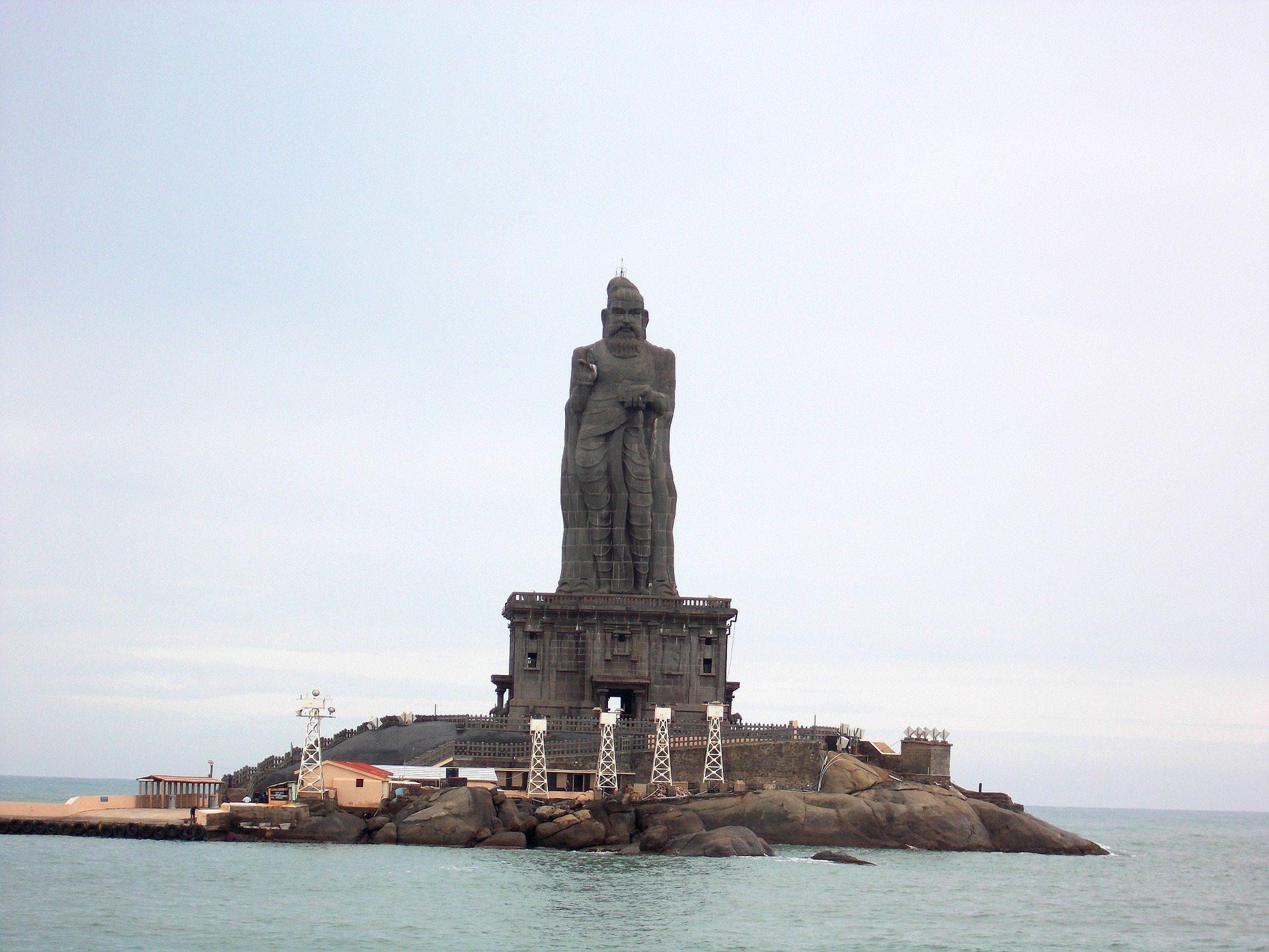 Thiruvallur Statue