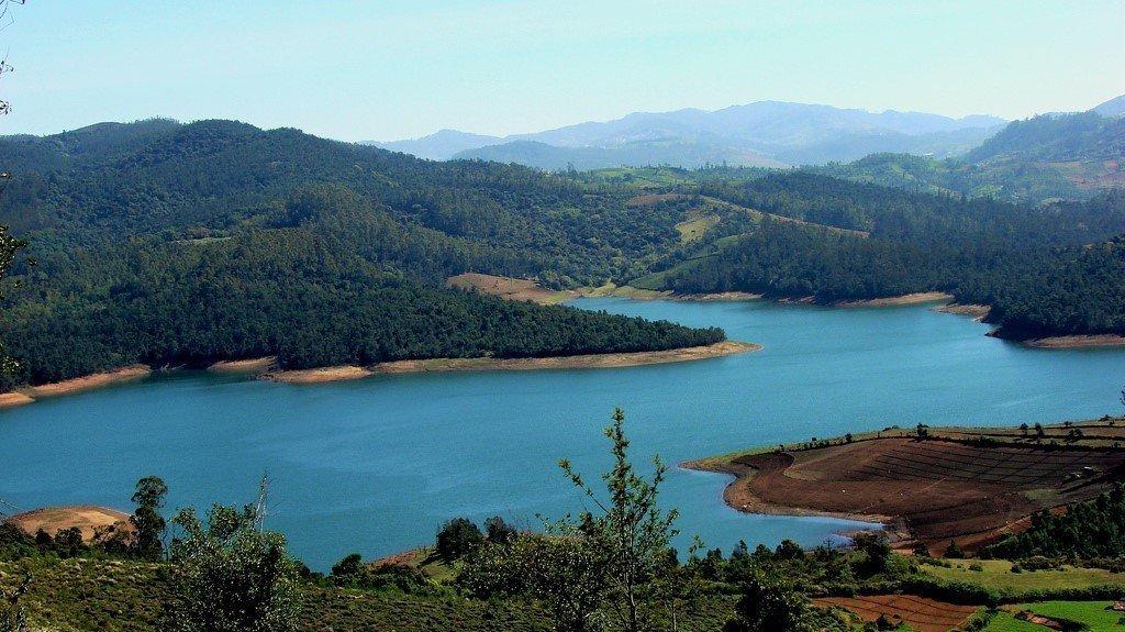 Picturesque Emerald Lake