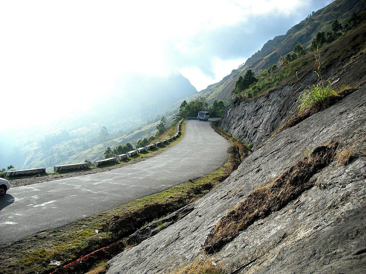 Lakkidi Wayanad Valley Road