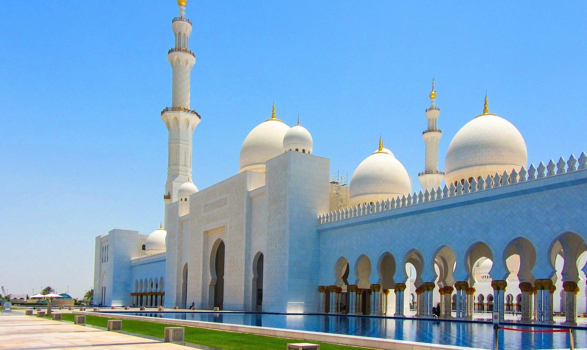 Image Result For Mac Wallpaper Ferrari World Abu Dhabi Pictures