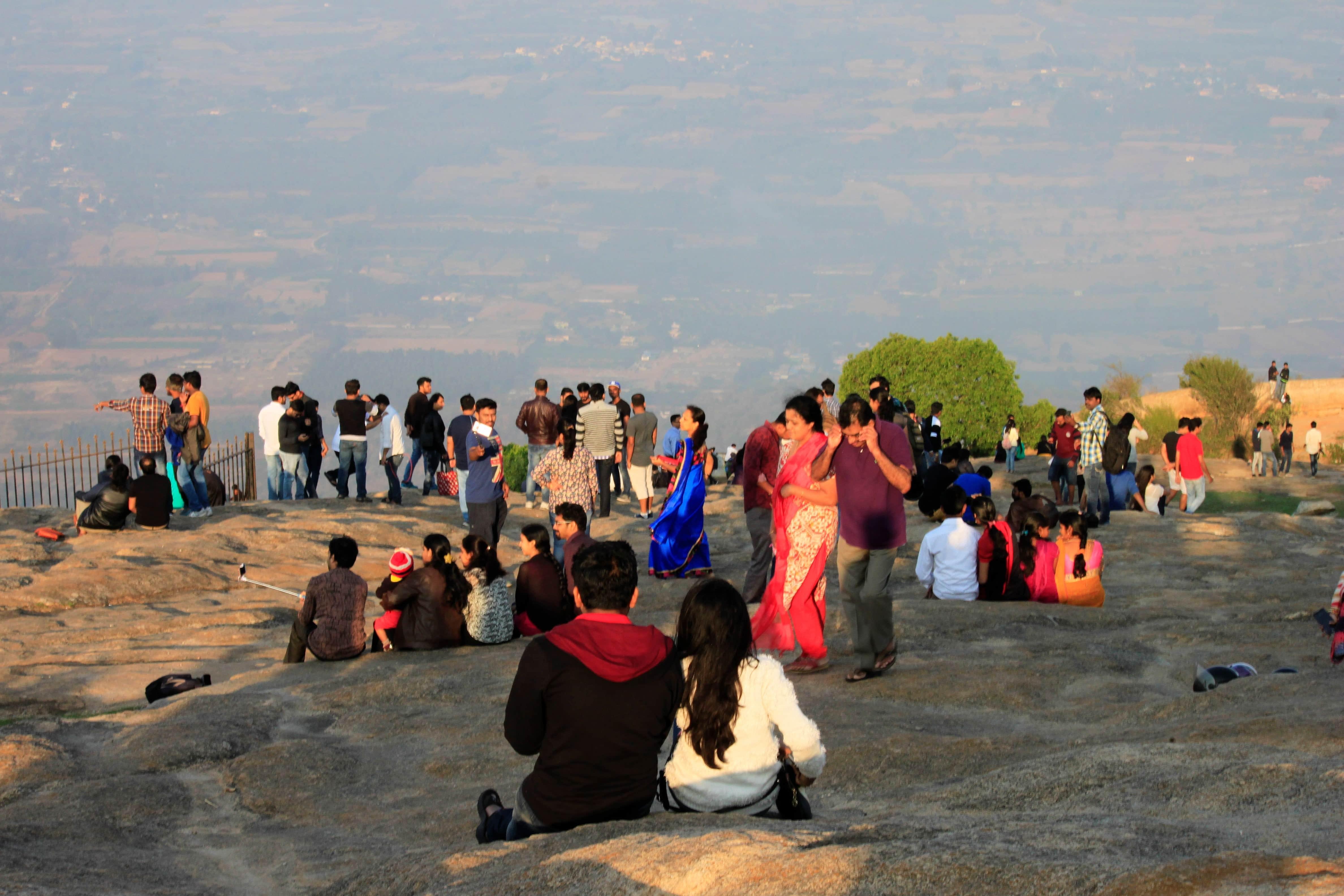 Nandi Hill Crowd