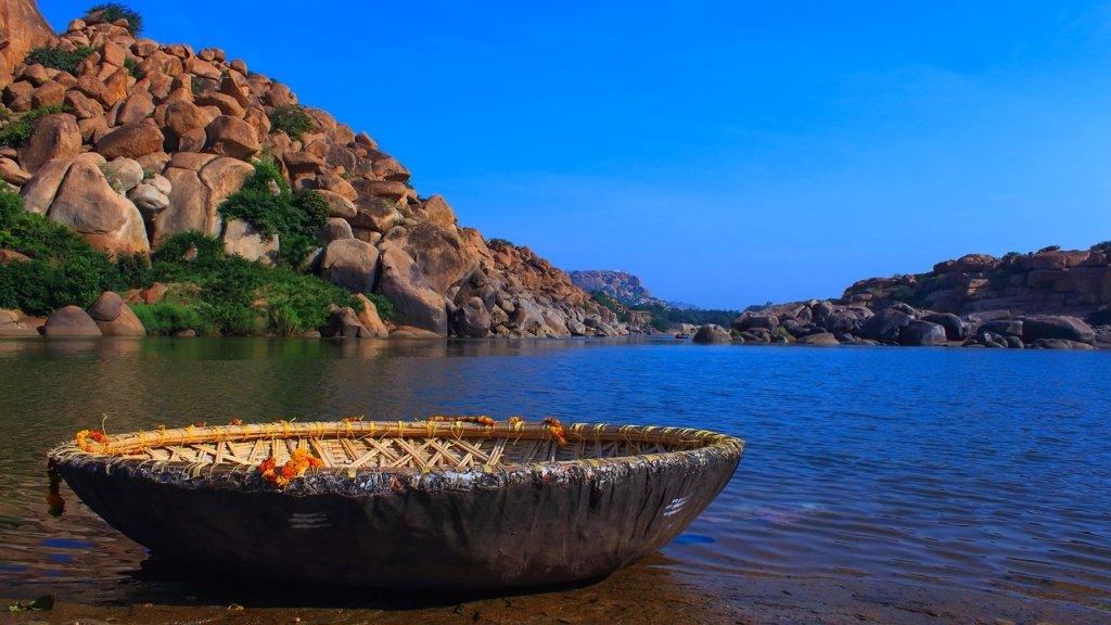 Hampi Bamboo-Boat