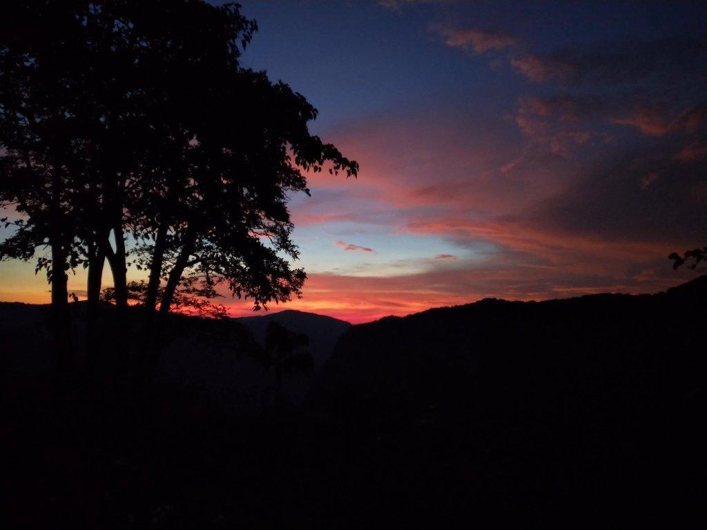 jog falls sunset