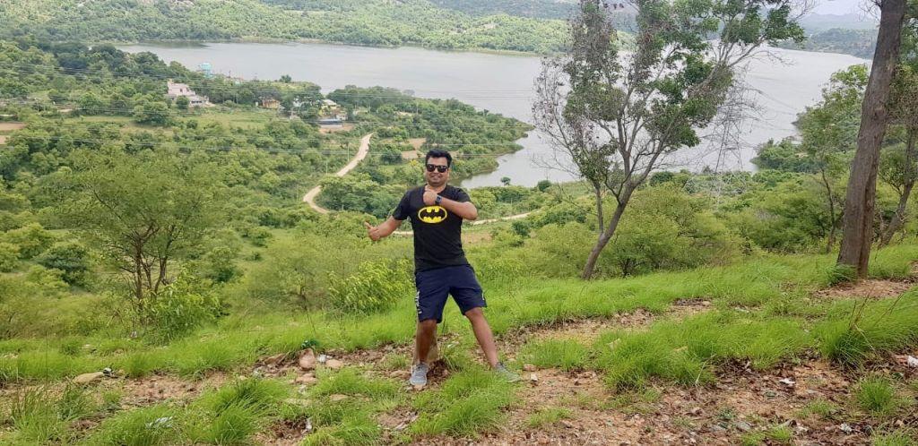 Nilabh at Manchanabele Dam